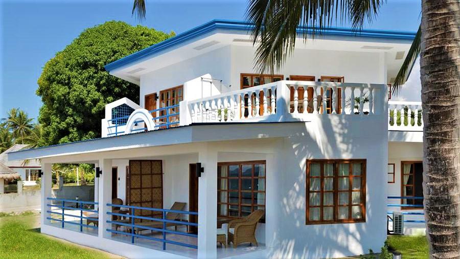 Rental Apartments - Villa in Blue